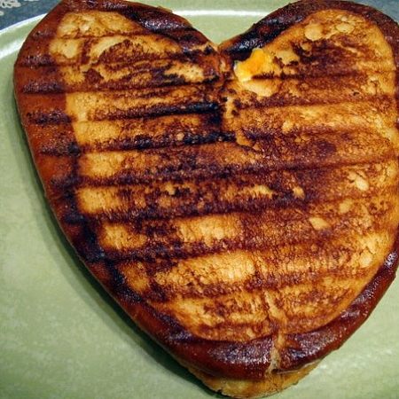 Heart shaped grilled cheese. A great snack for your Valentine!